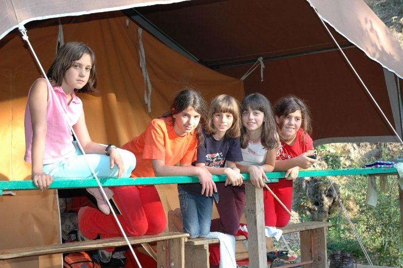 ragazzi campeggio